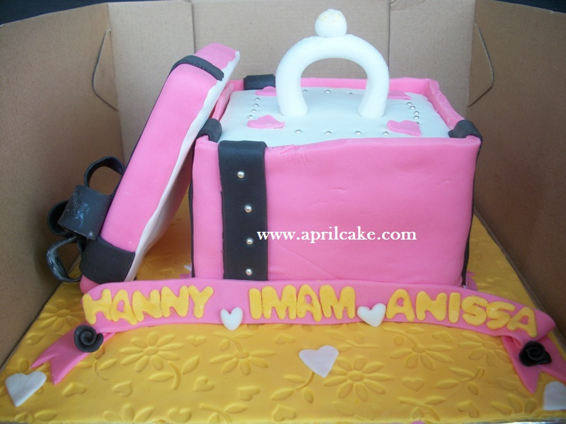 Kotak Cincin Hanny