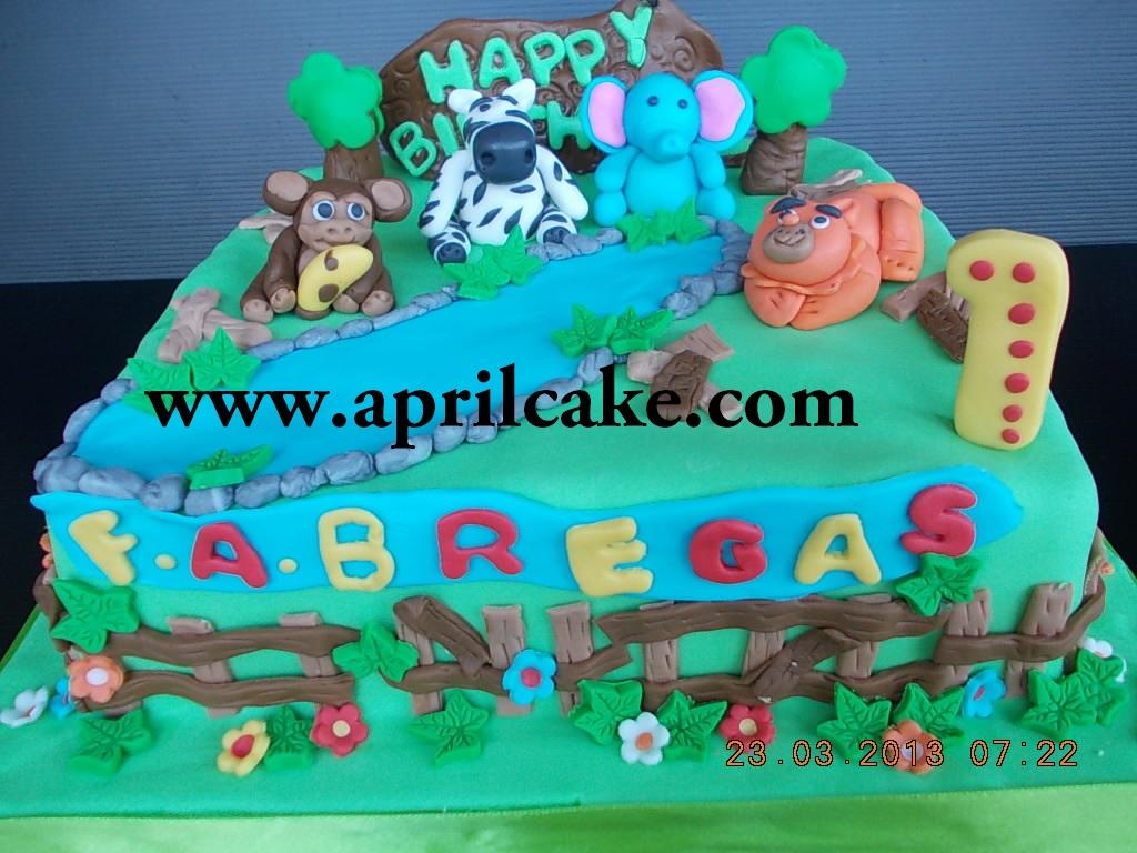 Animal Cake Fabregas