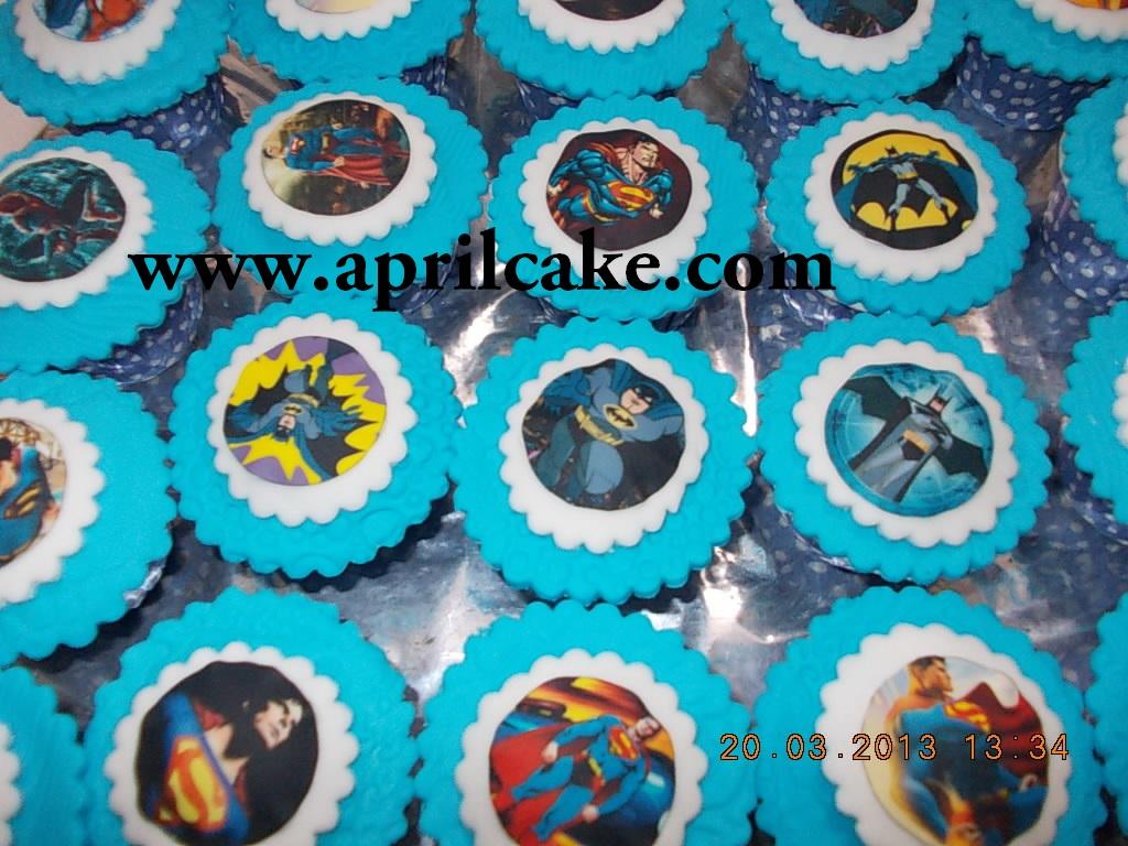 Superhero Cupcakes Mikail