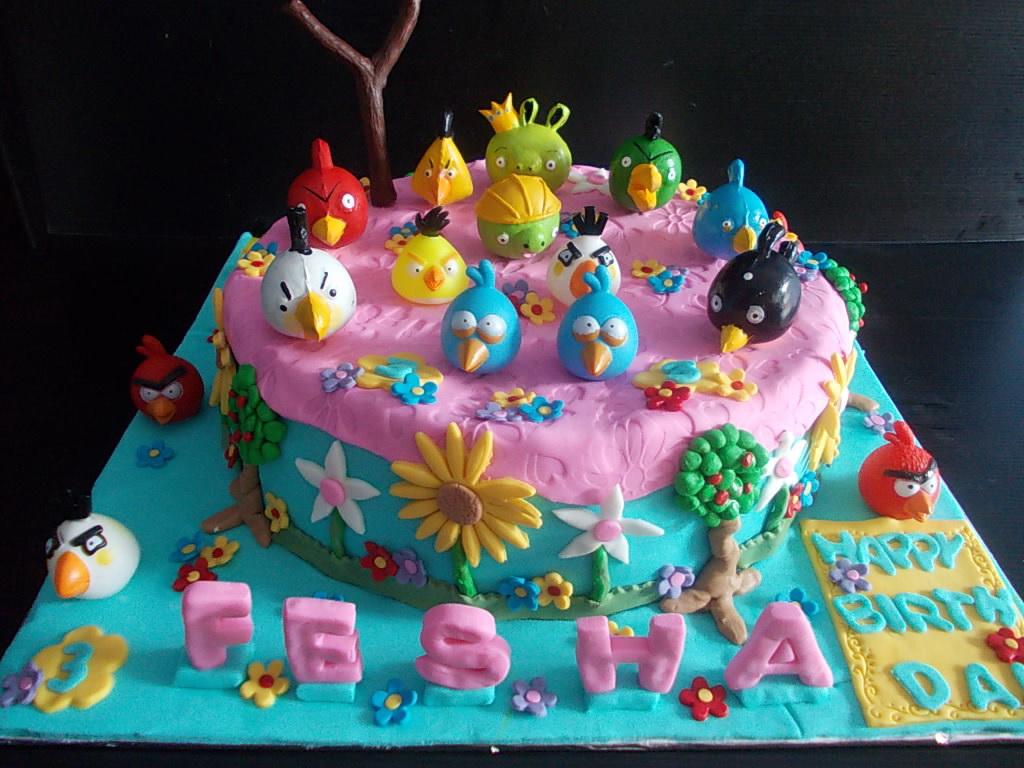 Angry Birds cake Fesha