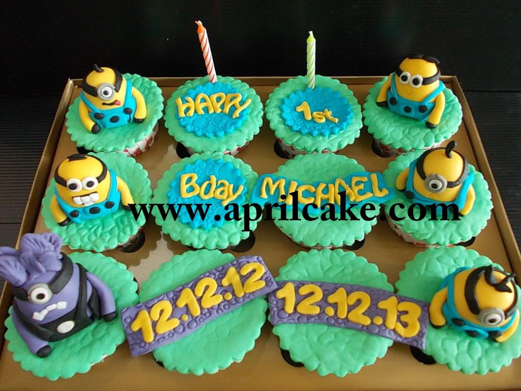 Minion Cupcake Diah