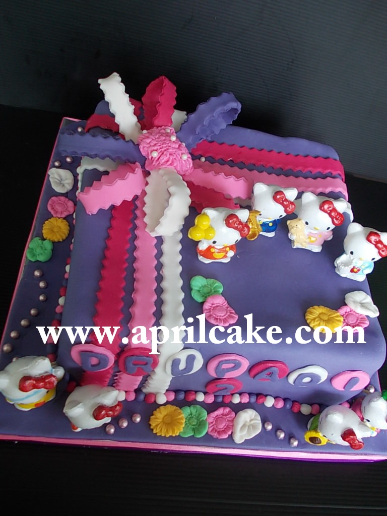 Hello Kitty Cake Drupadi