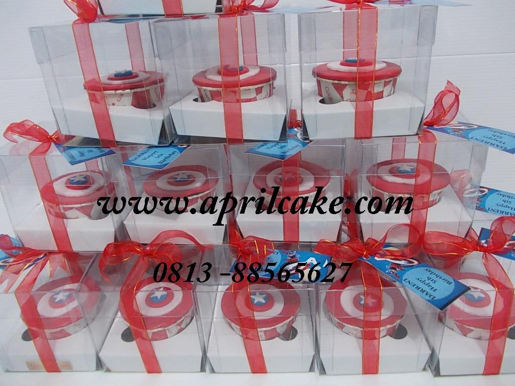 Cupcake Captain America