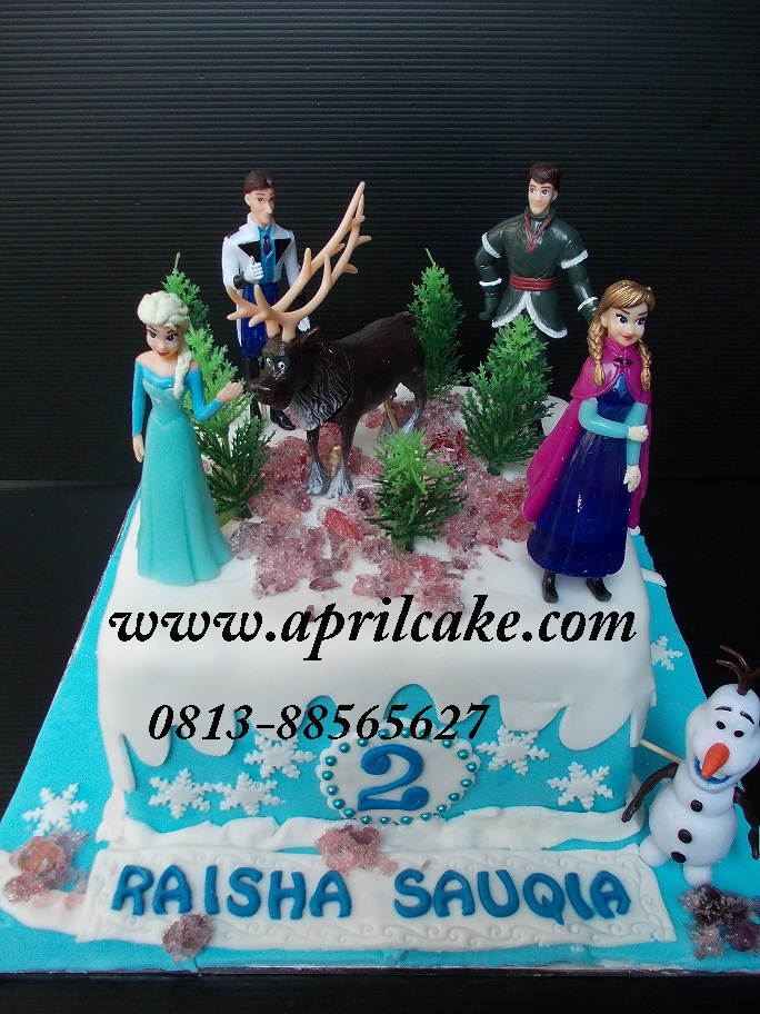 Frozen Cake Raisha