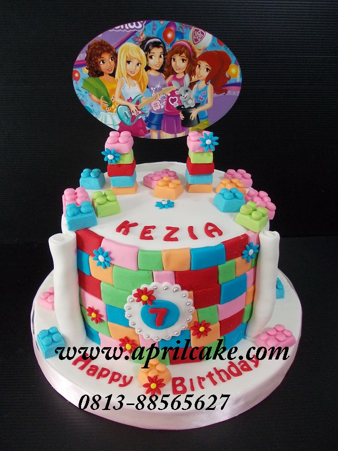 Lego Cake Mimi