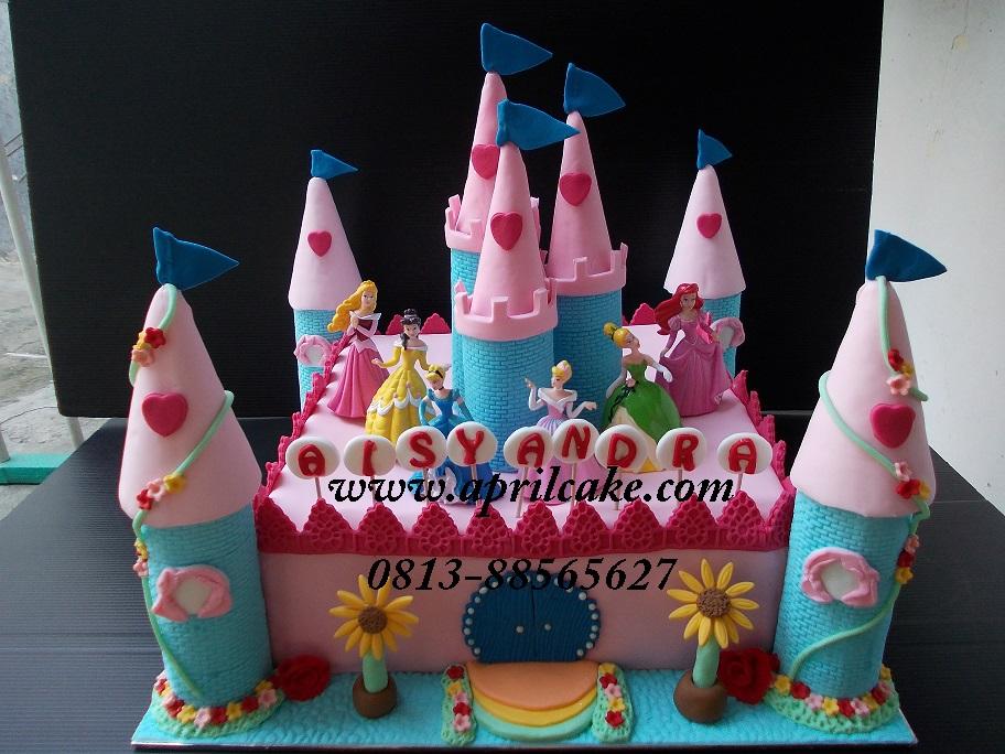 Castle cake Aica