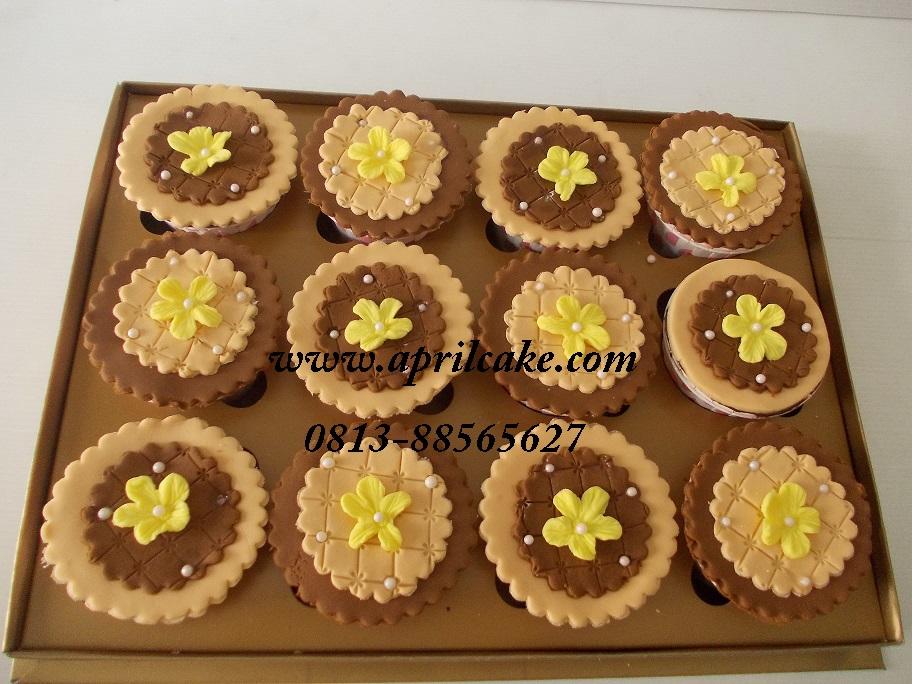 Flower Cupcake Mery
