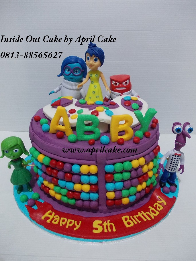 Inside out Cake Abby